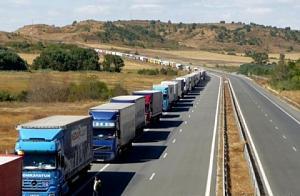 line of trucks.jpg
