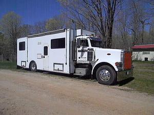 What do you think of this Peterbilt? - Truck Conversion & Toterhome